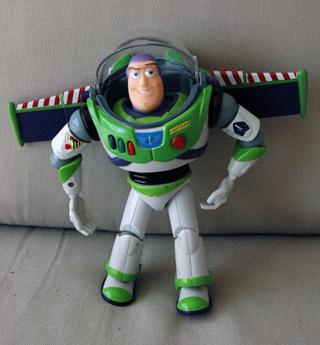 buzz lightyear legetøj